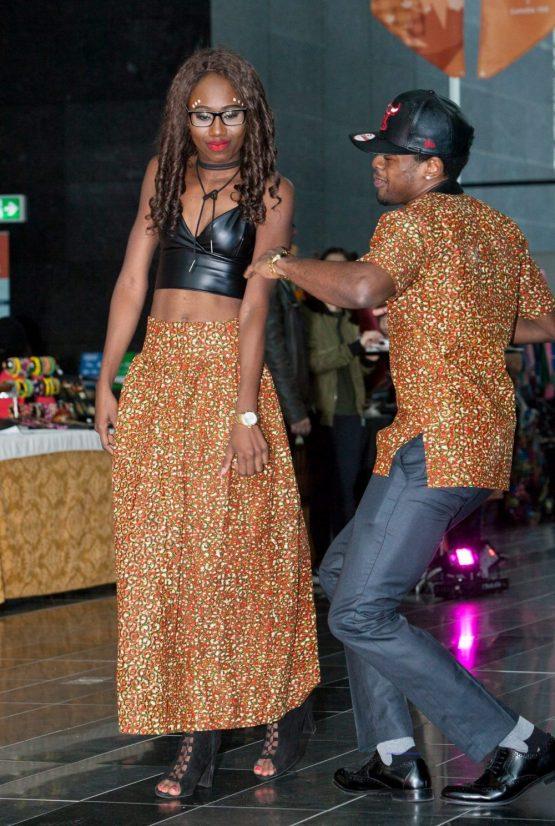 16904745 1609403939088900 4730883940137661652 o e1533613837415 555x826 - African Fabric Designs Shirt Kente Dashiki African Print wax