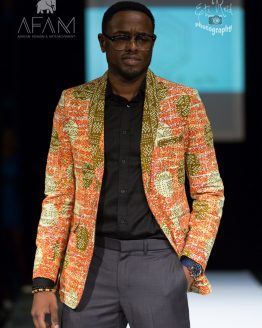 3B5A8728 e1533605480916 262x328 - Boss Blazer-African Print Lapel Design, Ankara Suit