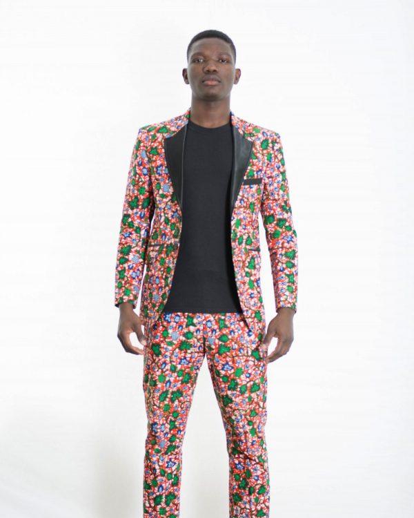 DSC 3808 e1533859979268 600x750 - Boss Blazer -African Print Ankara with Black Lapel Design
