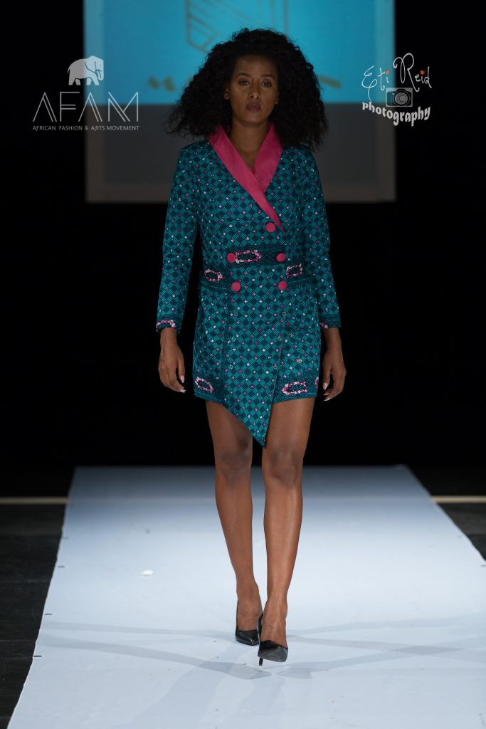 3B5A8687 683x1024 - African Designer in Vancouver